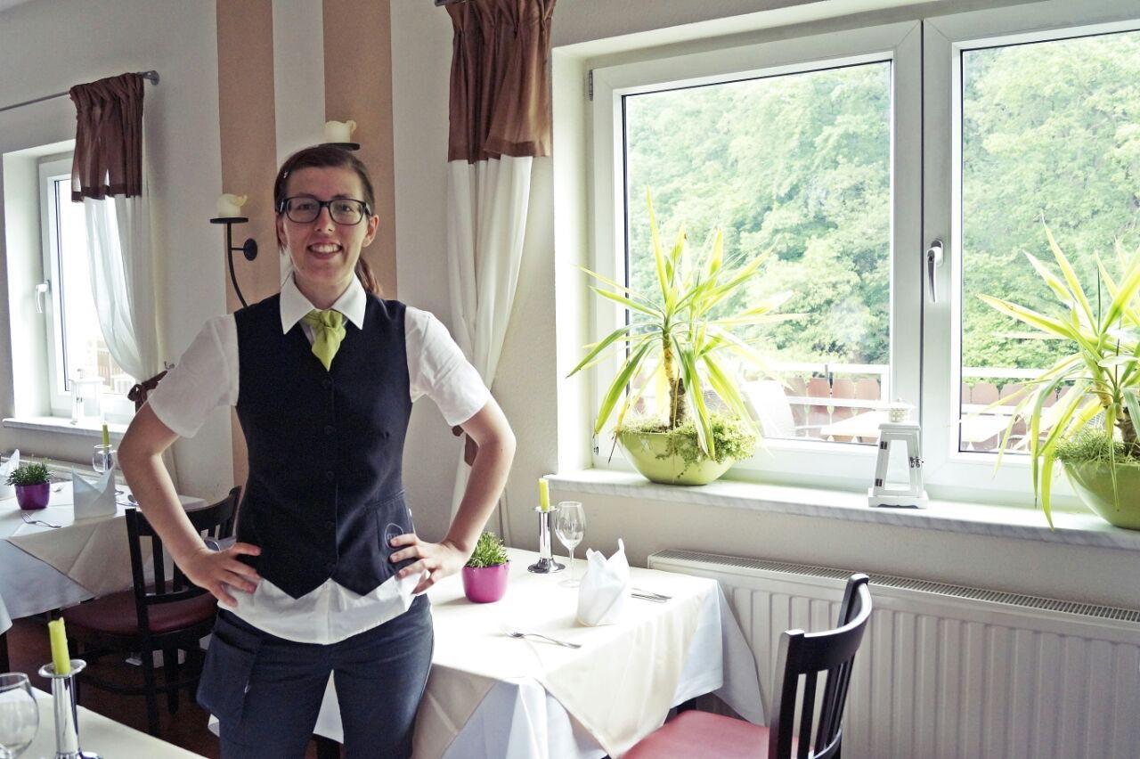 Restaurantmitarbeiterin Regiohotel Schanzenhaus Wernigerode