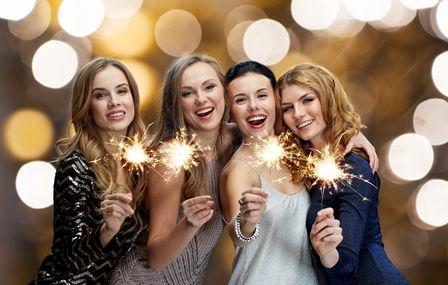 Frauen feiern Silvester Regiohotel Harz